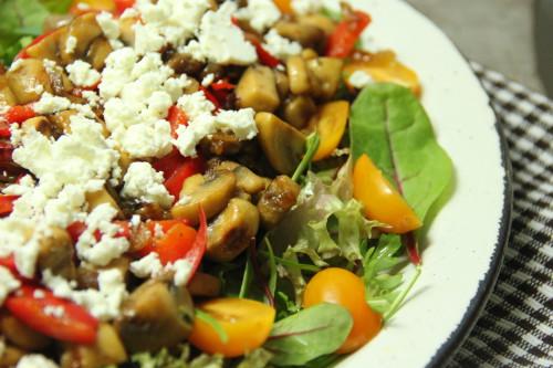 salade met champognons en feta