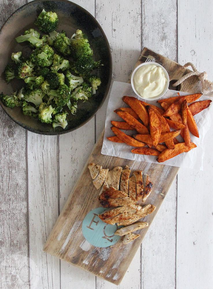 kalkoen, zoete aardappel en broccoli