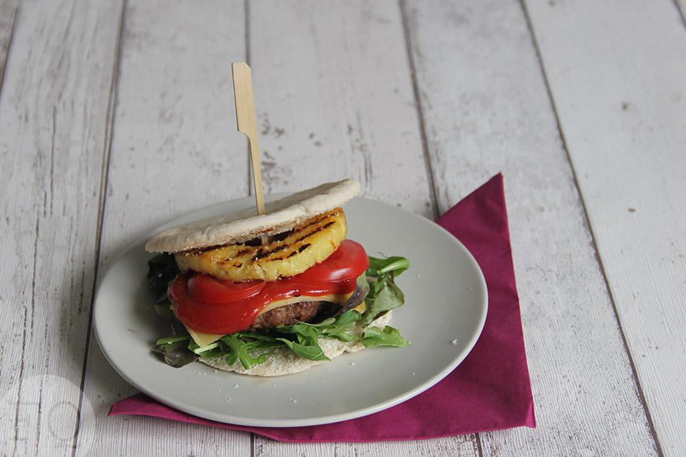 Pita burger hawaï