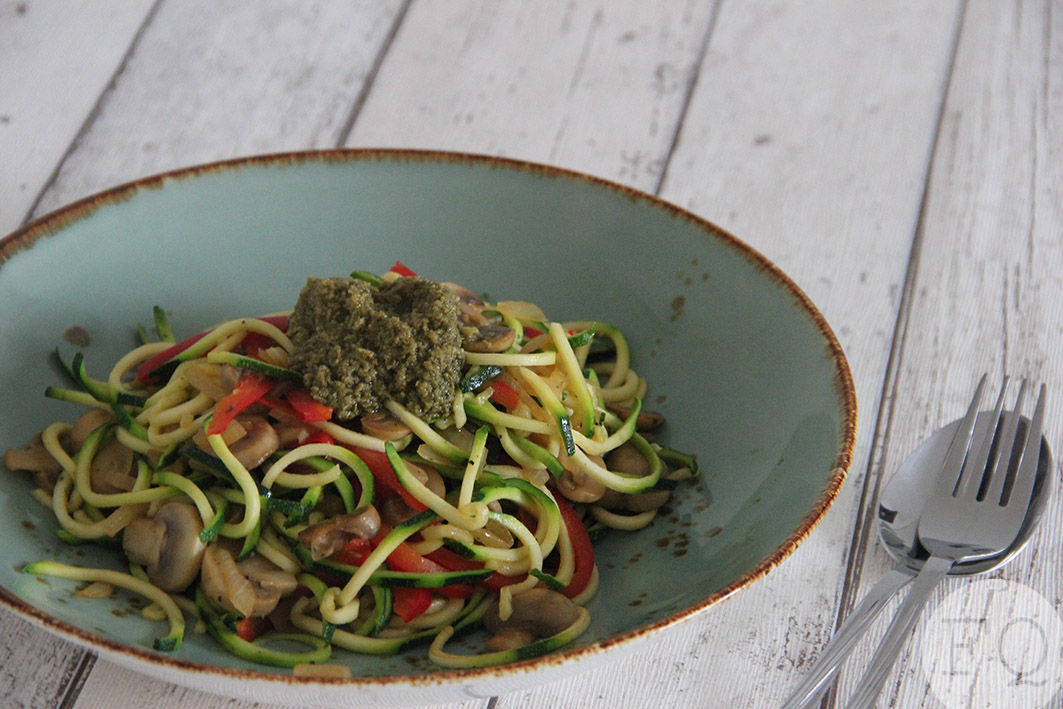 zoodles pesto