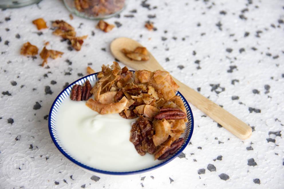 Pecan-kokos granola